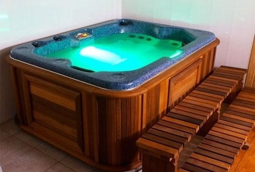 arctic-spas-hot-tub-small-hot-tub-with-lights